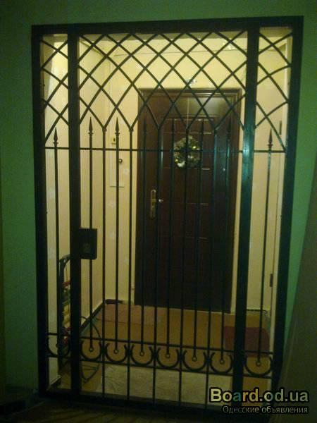 металлические межквартирные решетчатые двери