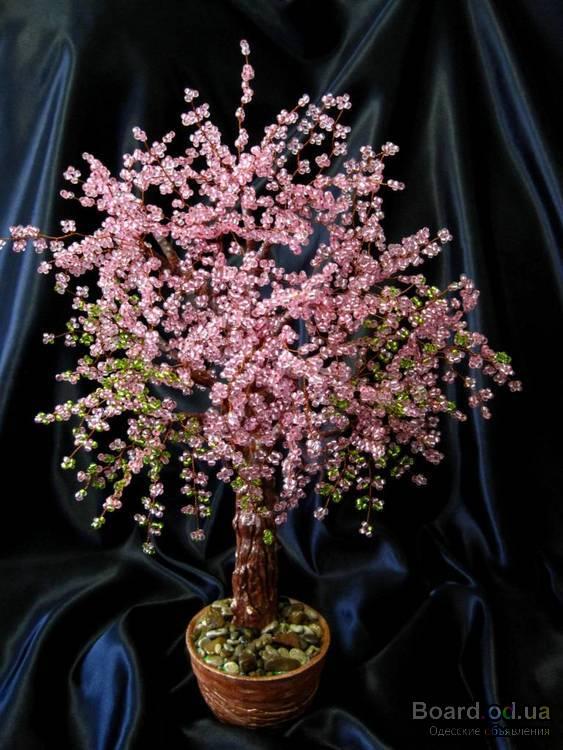 Цветы, деревья и бонсаи из бисера.