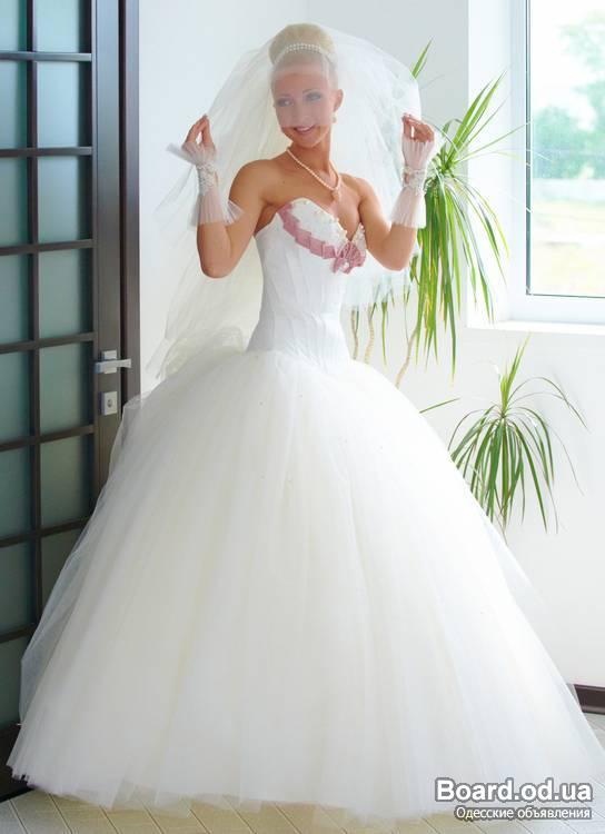 свадебные прически и свадебные платья