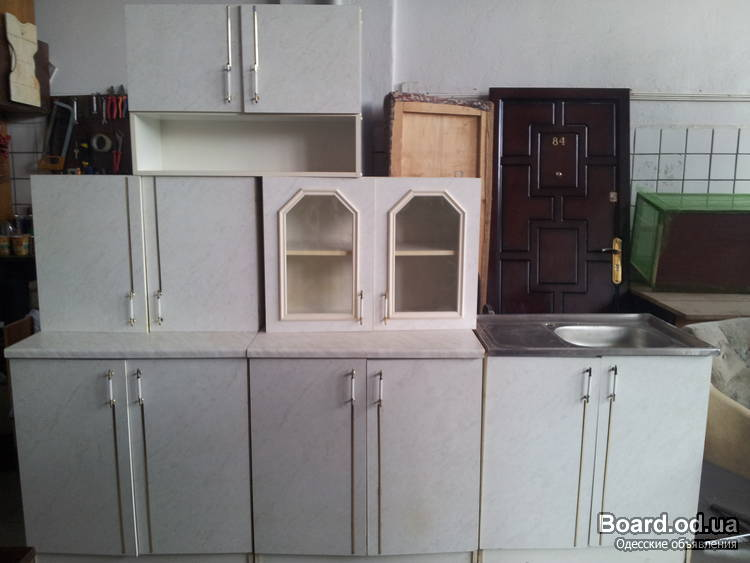 Продам мебель б/у в хорошем состоянии: кухня натуральное цельное дерево 1900 грн