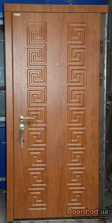 входные двери со складом