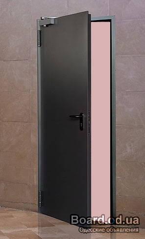 железная огнестойкая дверь