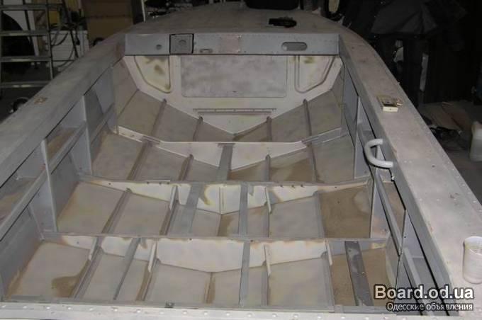 полы в лодку южанка 2